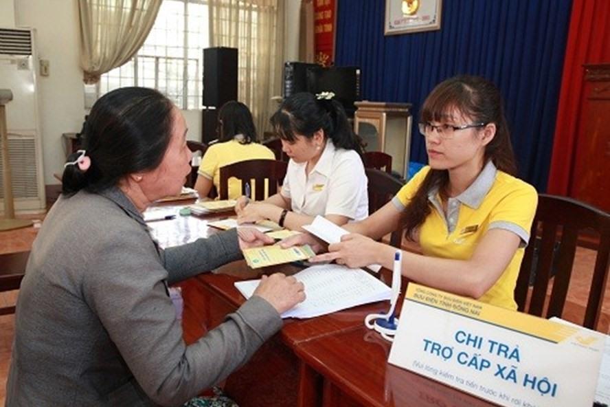 Bị câm điếc làm gì để hưởng trợ cấp người khuyết tật?