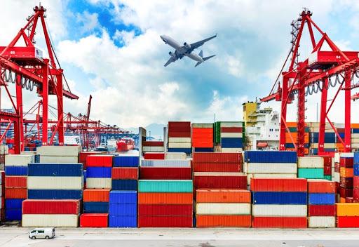 Nhập khẩu xe máy cần giấy phép nhập khẩu không?