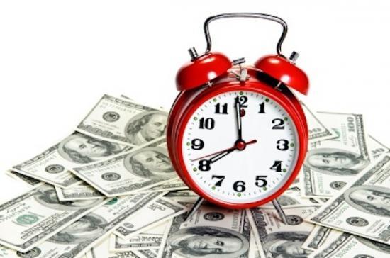 Trường có quyền trả chậm lương cho giáo viên không?