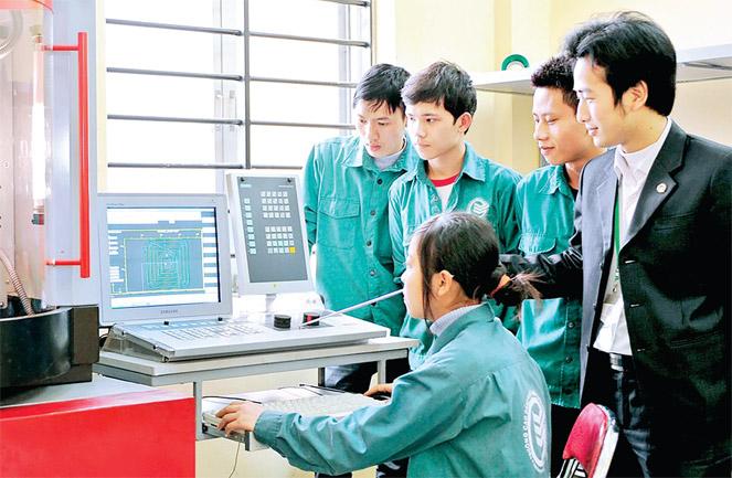 Mục đích của công tác thi đua, khen thưởng đối với học sinh, sinh viên trong các cơ sở dạy nghề