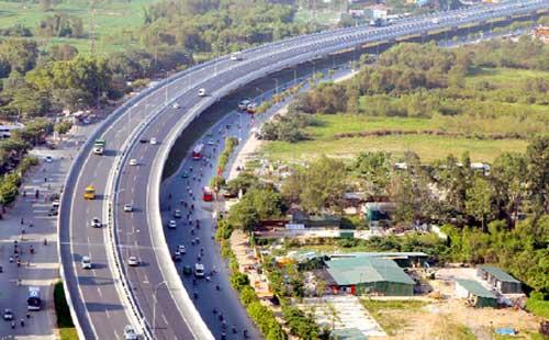 Xây dựng công trình thiết yếu trên các tuyến quốc lộ được xây dựng mới là gì?