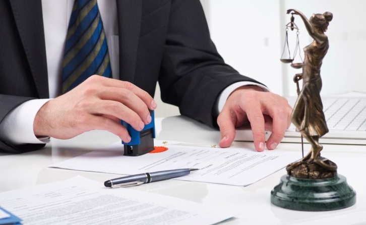 Có được cho thuê bằng công chứng viên không?