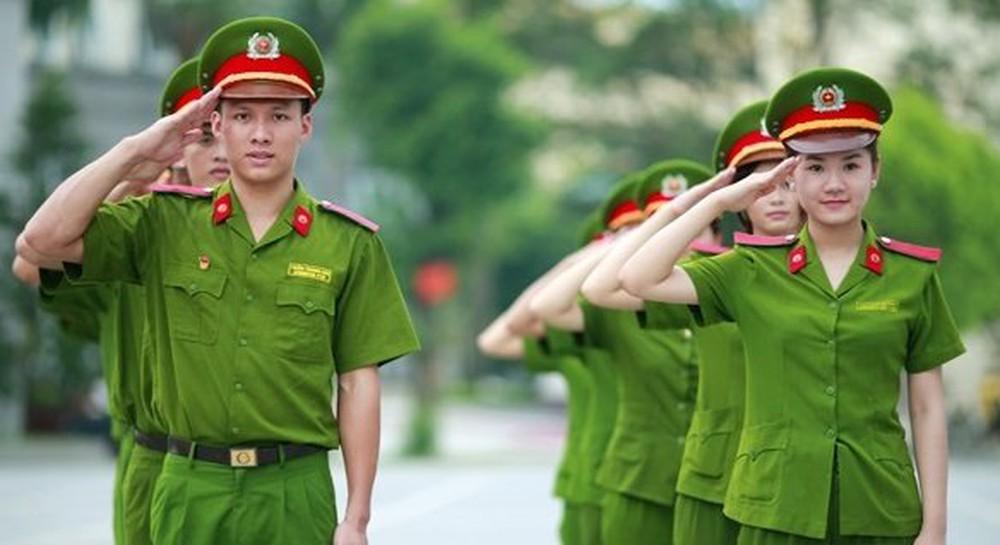 Tốt nghiệp trung cấp công an được phong quân hàm gì?