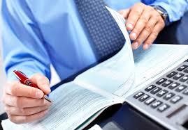 Có được nâng ngạch từ kế toán viên trung cấp lên kế toán viên chính không?