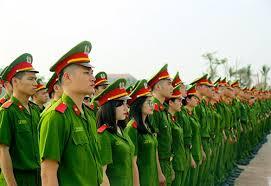 Tuổi phục vụ cao nhất đối với cấp tá công an nhân dân