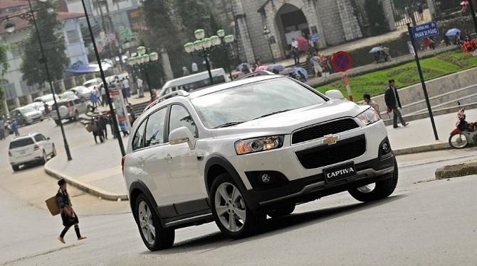 Điều khiển xe ô tô lùi xe ở đường một chiều sẽ bị xử phạt bao nhiêu?