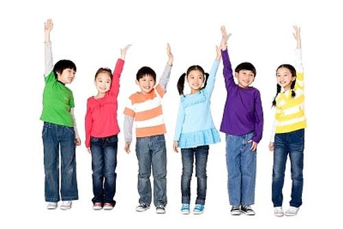 Mục tiêu Dự án Tăng cường chăm sóc phát triển trẻ em toàn diện gắn liền với đổi mới hệ thống y tế tại Việt Nam là gì?