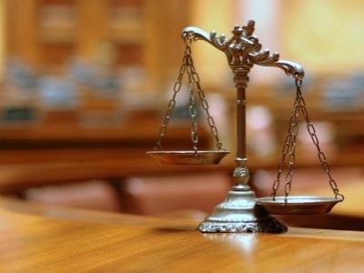 Gửi quyết định rút kháng nghị giám đốc thẩm, tái thẩm, văn bản thông báo về thời gian mở phiên tòa giám đốc thẩm, tái thẩm