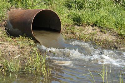 Điều chỉnh giấy phép xả thải vào nguồn nước