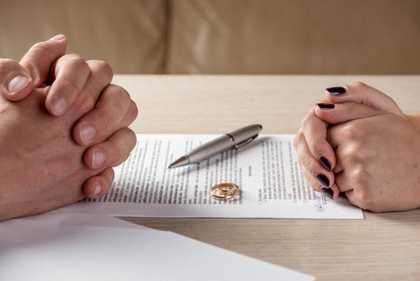Thẩm quyền công nhận bản án ly hôn ở nước ngoài
