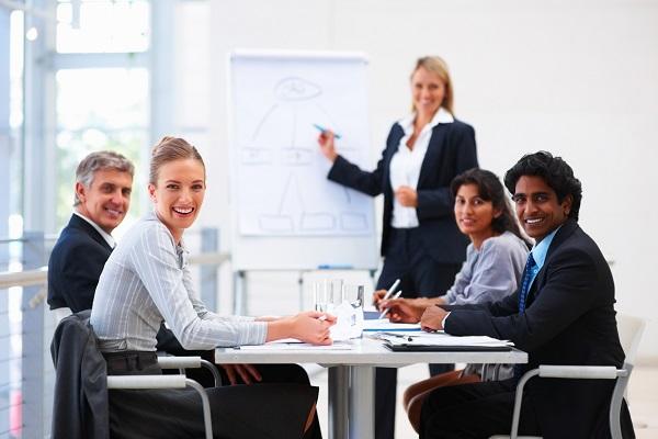 Ai là người quản lý doanh nghiệp?