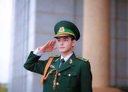 Thí sinh nam thuộc 16 dân tộc thiểu số rất ít người dự tuyển trường quân đội chỉ yêu cầu cao 1,6 m