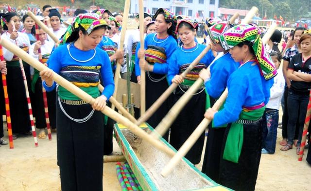 Nhiệm vụ và quyền hạn của Bộ Văn hóa, Thể thao và Du lịch đối với văn hóa quần chúng