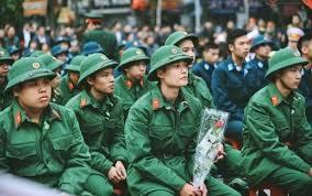 Thị lực yếu có phải đi nghĩa vụ quân sự?