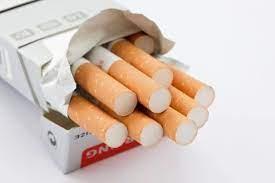 Đơn vị nào thực hiện dán tem điện tử đối với thuốc lá nhập khẩu?