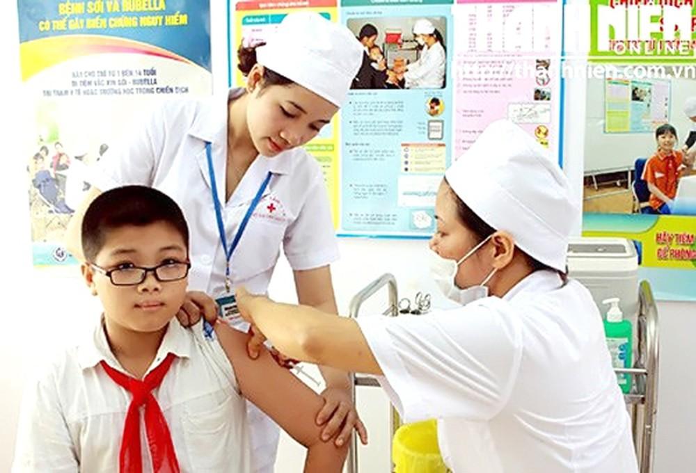 Nhân viên y tế trường học có được cấp chứng chỉ hành nghề?