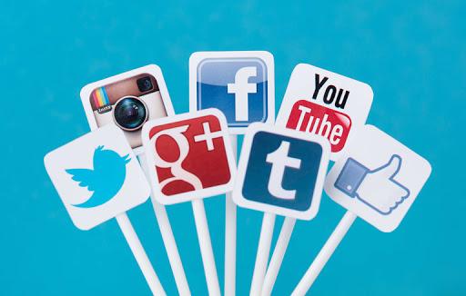 Quy tắc ứng xử của giáo viên THPT khi tham gia các trang mạng xã hội?