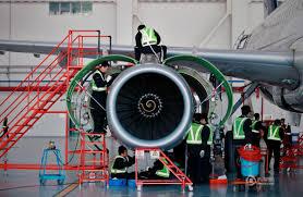 Hình thức tổ chức lựa chọn cơ sở bảo dưỡng sửa chữa tàu bay và động cơ tàu bay