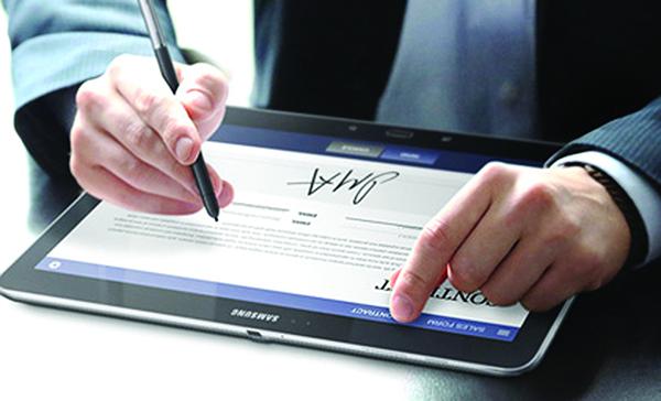 Có bắt buộc phải có chữ ký số của người mua trên hóa đơn điện tử?