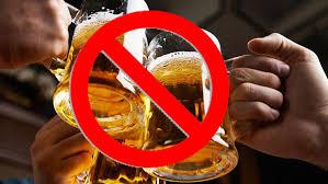 Uống rượu bia trong giờ làm việc, quân nhân bị kỷ luật thế nào?