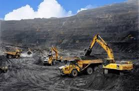 Đang trong thời gian chờ gia hạn Giấy phép thăm dò khoáng sản có được tiếp tục thi công không?