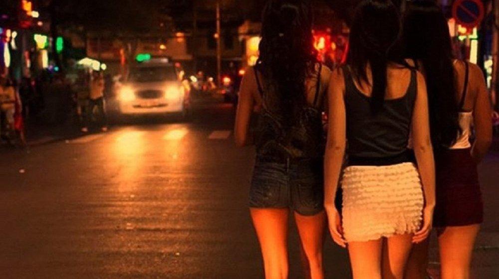 Cho thuê, cho mượn địa điểm, phương tiện để hoạt động mại dâm được quy định như thế nào?