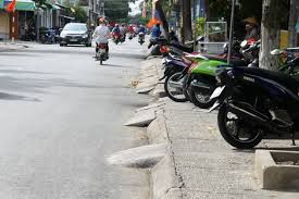 Tự ý sửa lại bậc thềm lề đường có được không?