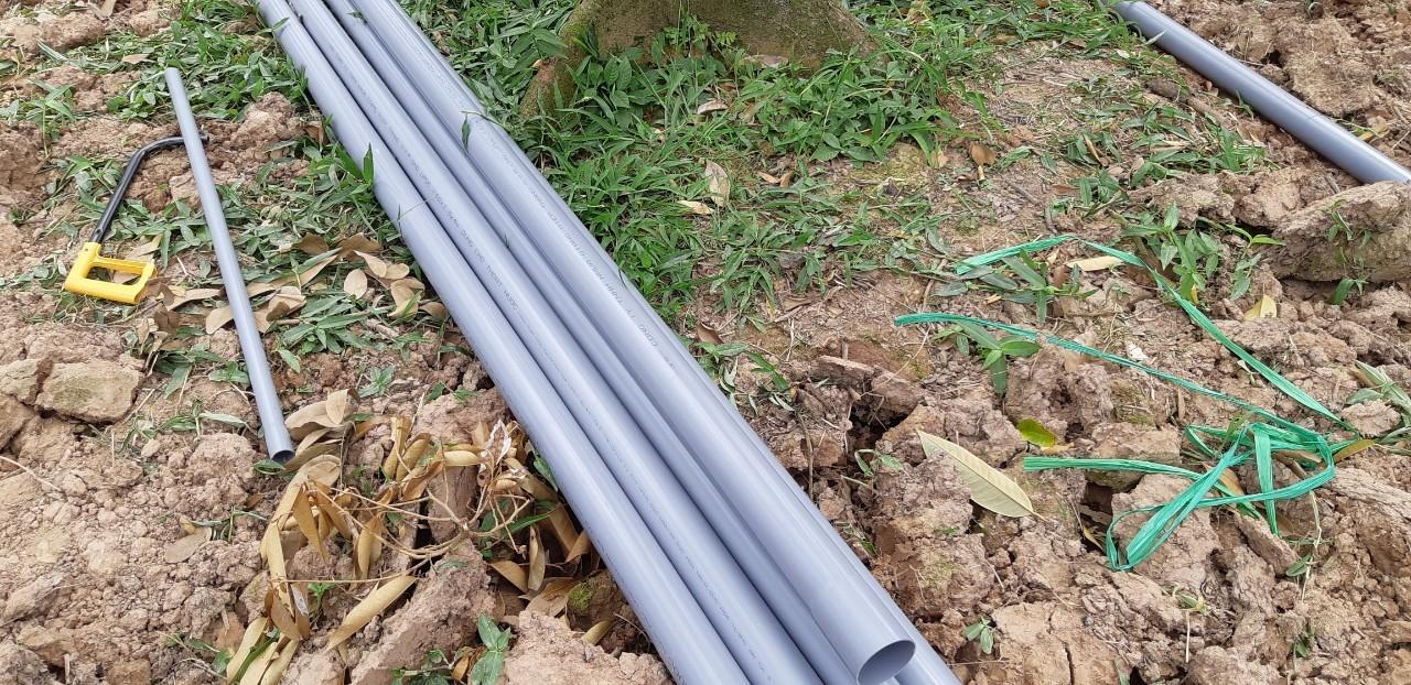 Người dân có phải nộp tiền lắp đặt ống dẫn nước trước đồng hồ vào khu dân cư không?