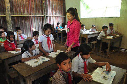 Giáo viên tập sự ở vùng khó khăn có được hưởng chế độ ưu đãi?
