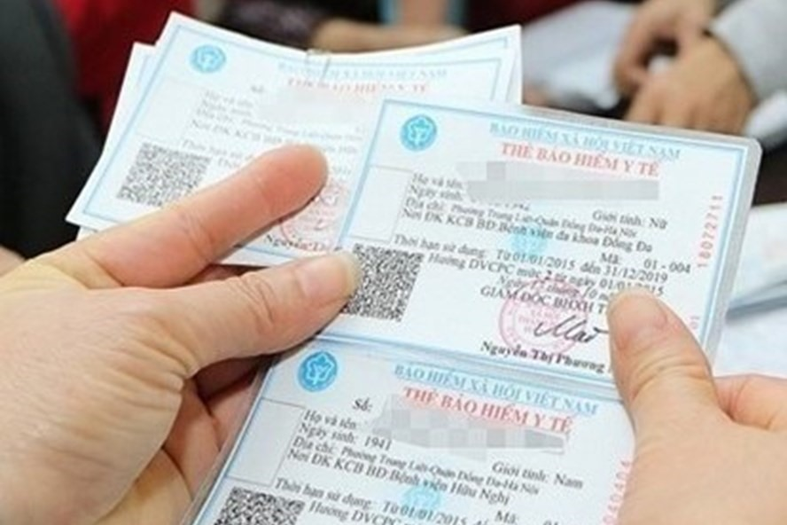 Học sinh hộ cận nghèo có được cấp thẻ BHYT miễn phí không?