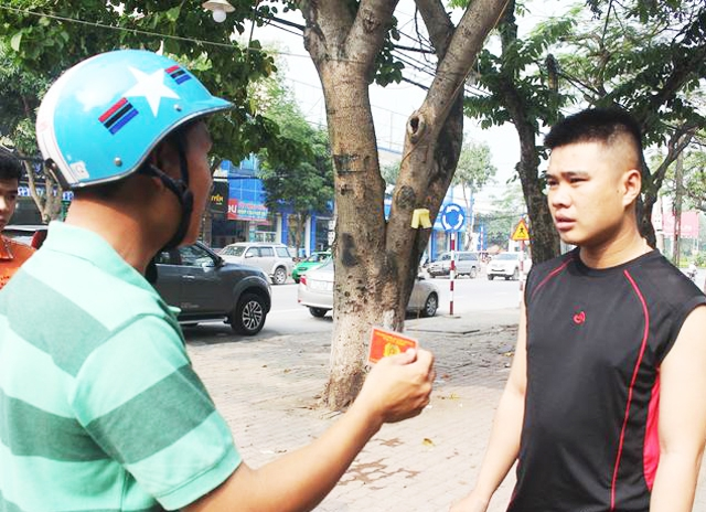 Cảnh sát giao thông mặc thường phục có được xử phạt vi phạm?