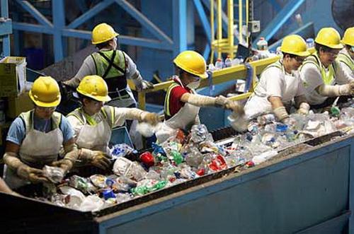 Phân loại, thu gom, lưu giữ trước khi xử lý chất thải nguy hại theo Luật  2005