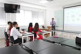 Một lớp học có 48 học sinh thì có đúng quy định?