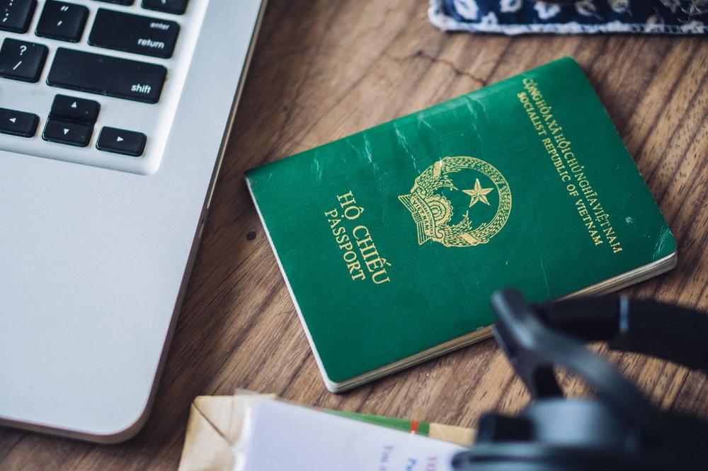 Hộ khẩu tỉnh có được làm hộ chiếu ở thành phố Hồ Chí Minh không?