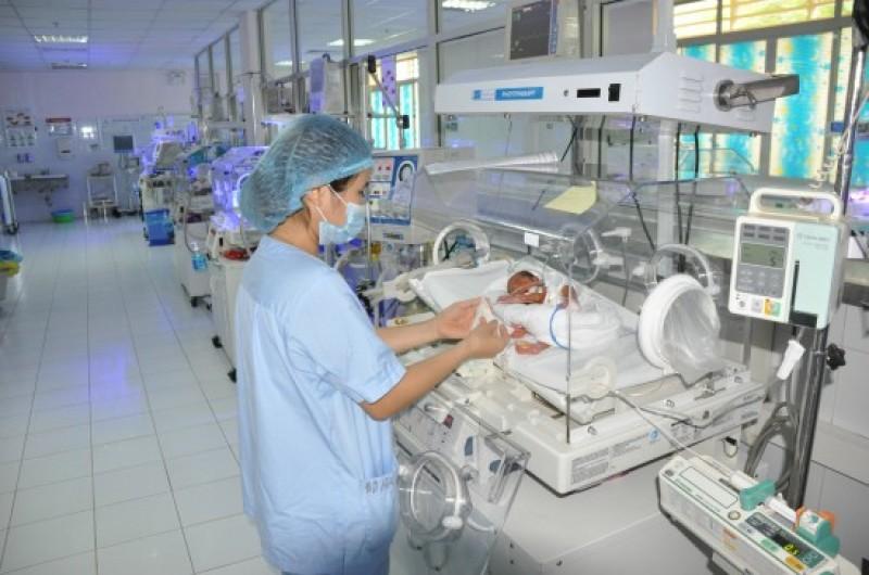 Giám sát phát hiện nhiễm khuẩn mắc phải và các bệnh truyền nhiễm trong cơ sở y tế