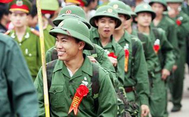 Có tật ở ngón tay trỏ bên phải có phải tham gia nghĩa vụ quân sự hay không?