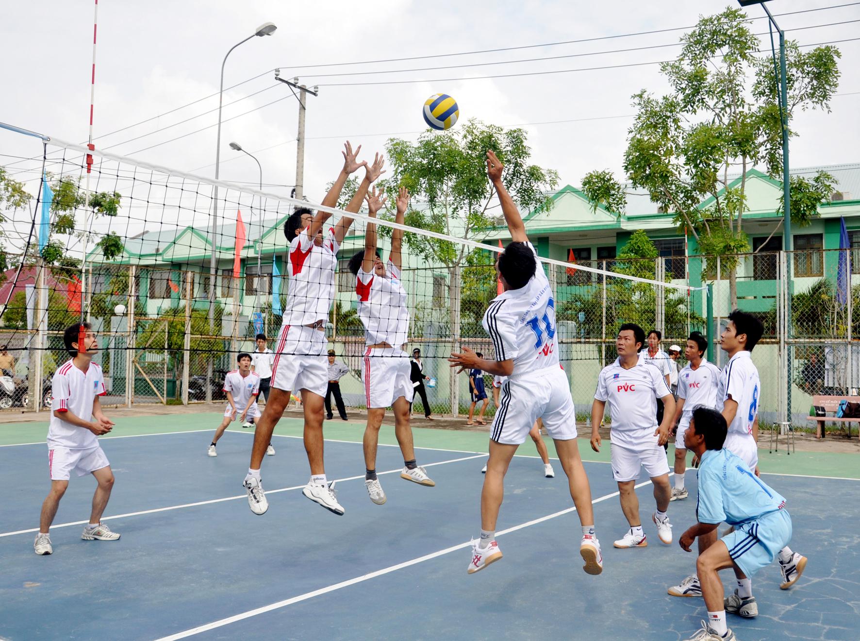 Hình thức tổ chức hoạt động thể dục, thể thao trong các cơ sở dạy nghề