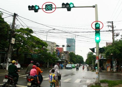 Làm sai lệch biển báo hiệu, đèn tín hiệu giao thông bị phạt bao nhiêu?