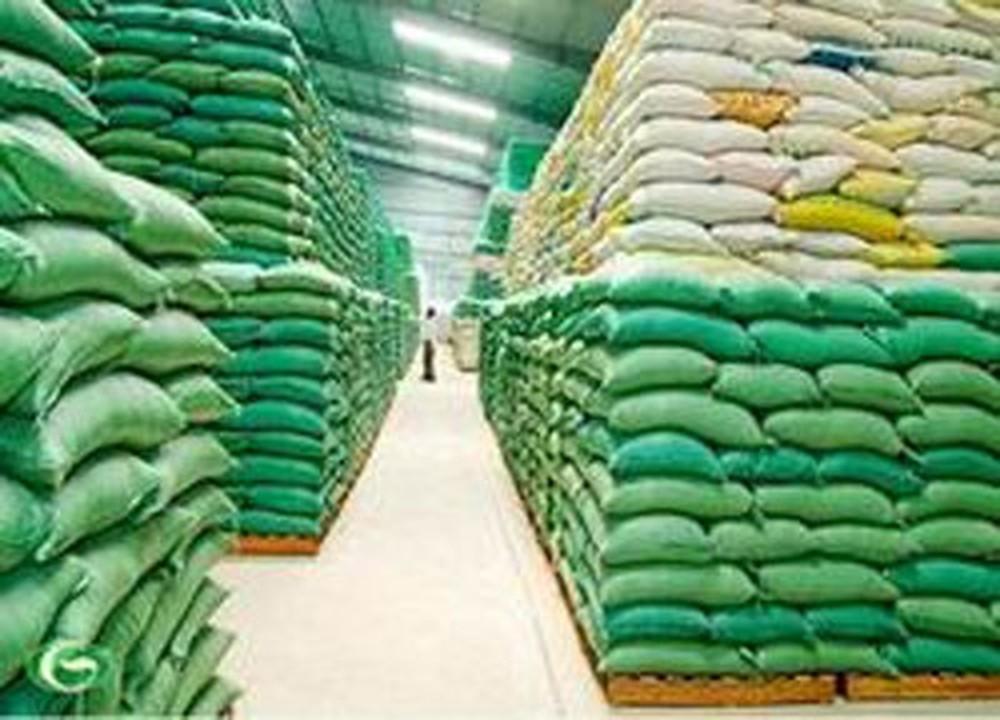 Chậm trễ phân phối hàng dự trữ quốc gia và gây thiệt hại cho hàng dự trữ xử lý thế nào?