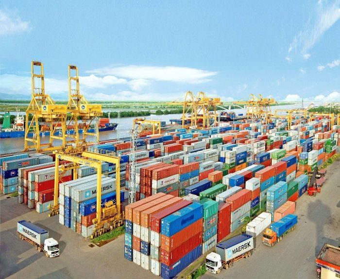 Làm thủ tục hải quan ở đâu khi nhập khẩu hàng hóa bằng đường bộ?