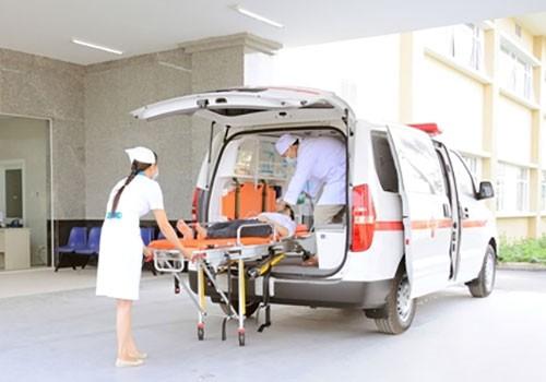 Bị thai ngoài tử cung có được chuyển từ bệnh viện quận 4 đến bệnh viện Hùng Vương không?