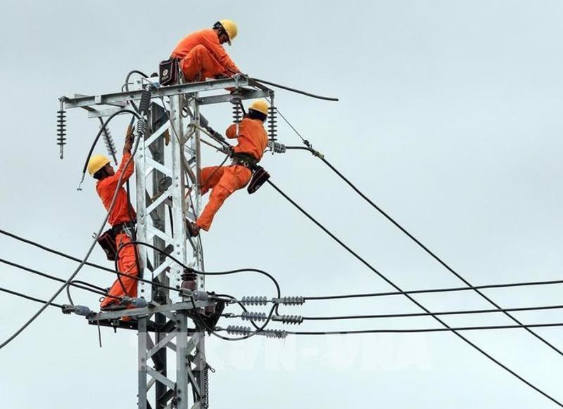 Giá bán điện tại khu công nghiệp mua điện từ hệ thống điện quốc gia được quy định ra sao?