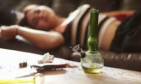 Sử dụng ma túy bị tội gì?