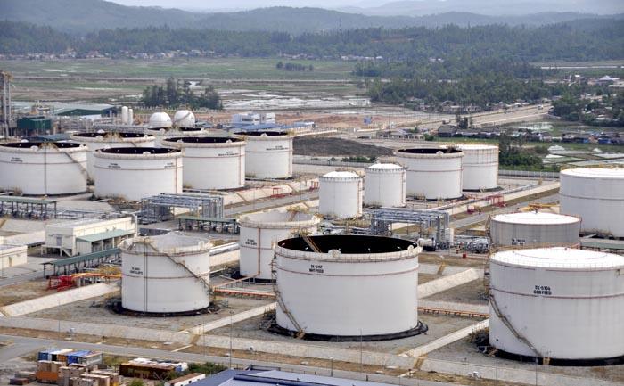 Bể chứa xăng dầu được pháp luật quy định như thế nào để đảm bảo an toàn?
