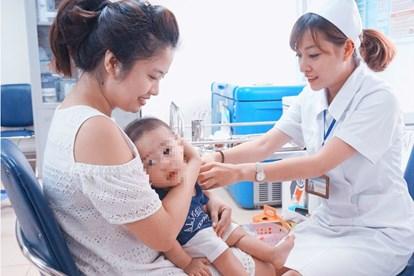 Tiêm vắc xin làm trẻ tử vong bồi thường thế nào?