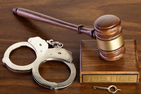 Trộm tiền xong trả lại có bị truy tố nữa không?